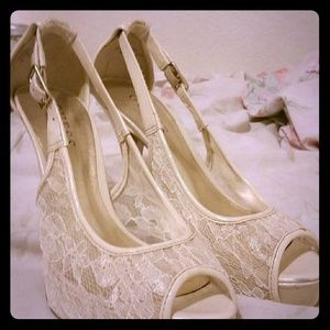 Guess lace heels
